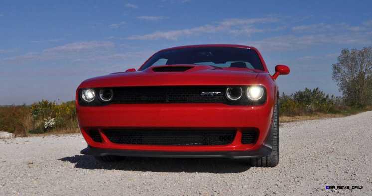 2016 Dodge Challenger SRT Hellcat 64