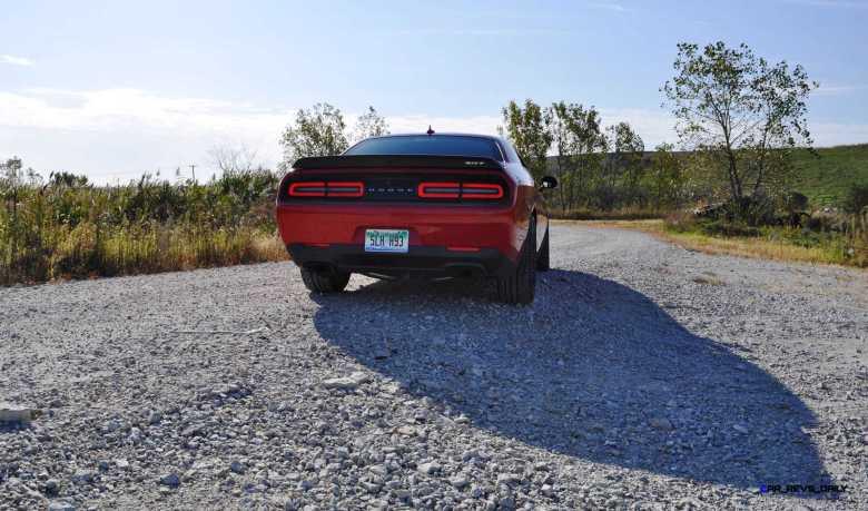 2016 Dodge Challenger SRT Hellcat 98