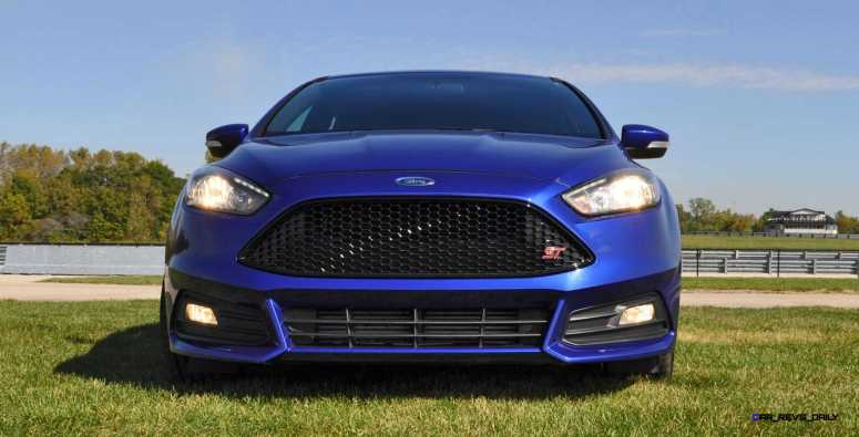 2016 Ford FOCUS ST Kona Blue 112