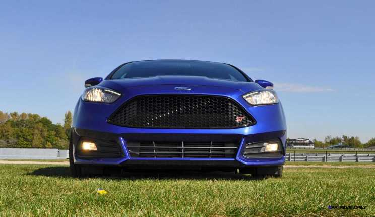 2016 Ford FOCUS ST Kona Blue 114