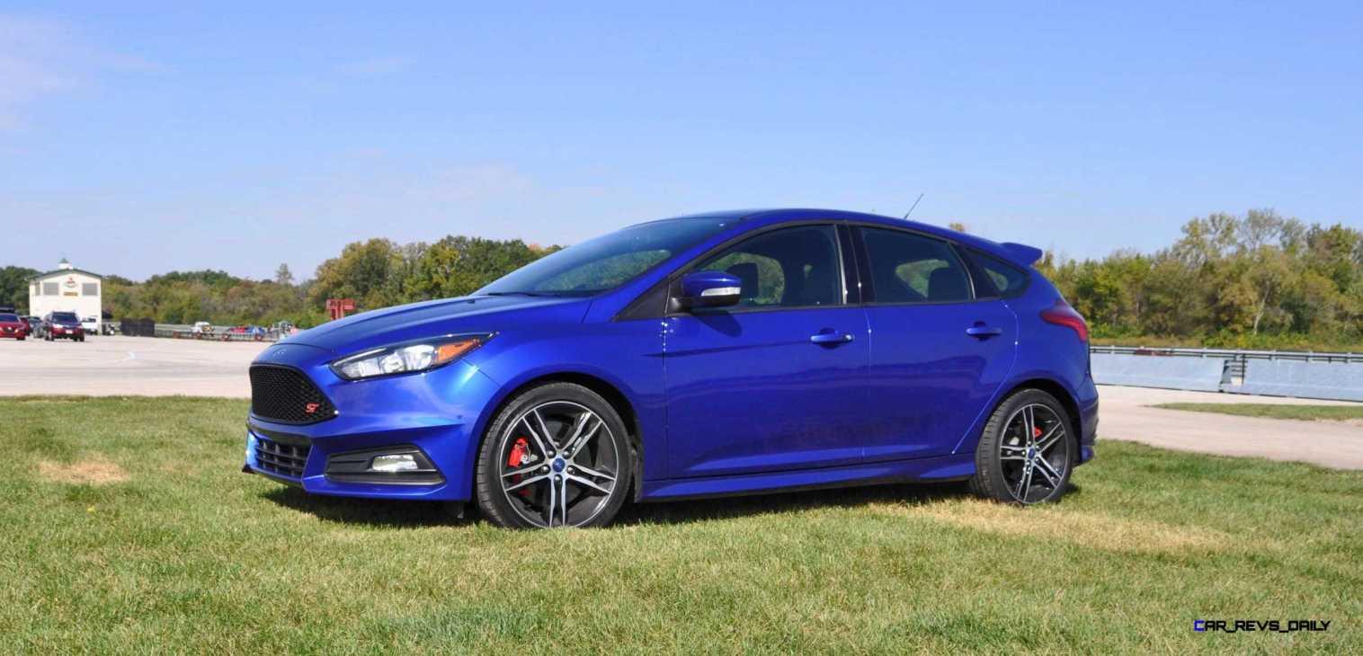 2016 Ford FOCUS ST Kona Blue 39