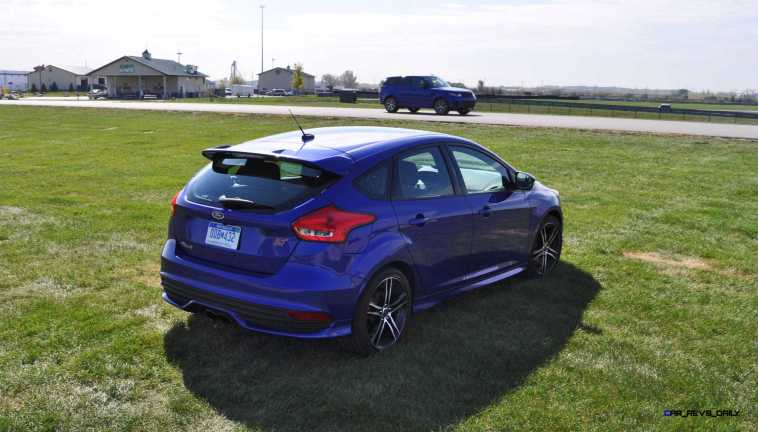 2016 Ford FOCUS ST Kona Blue 75