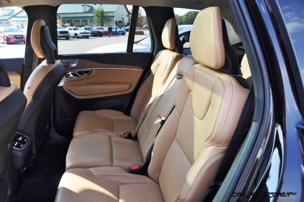 2016 Volvo XC90 T6 AWD 19