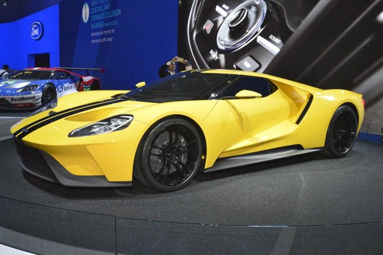 2015 LA Auto SHow Pictures 13