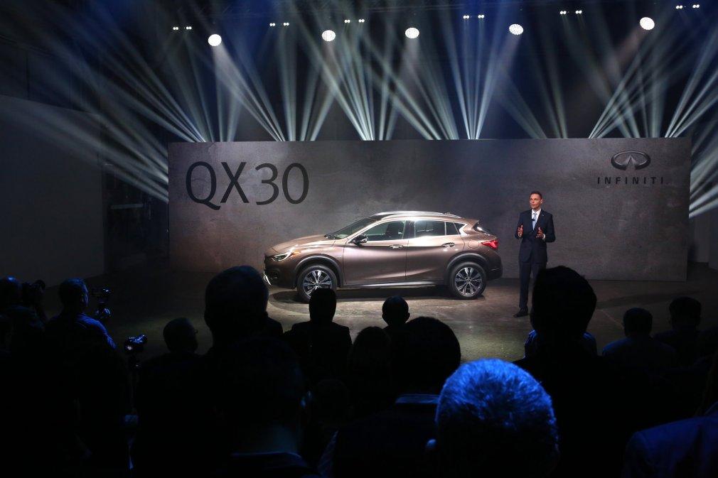 2016 Infiniti QX30 4
