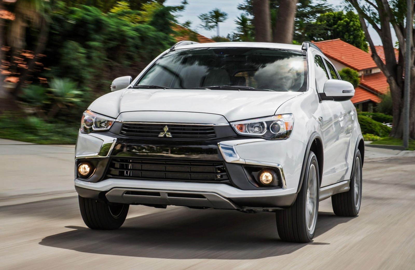 2016 Mitsubishi Outlander SPORT Official Debut Shows New