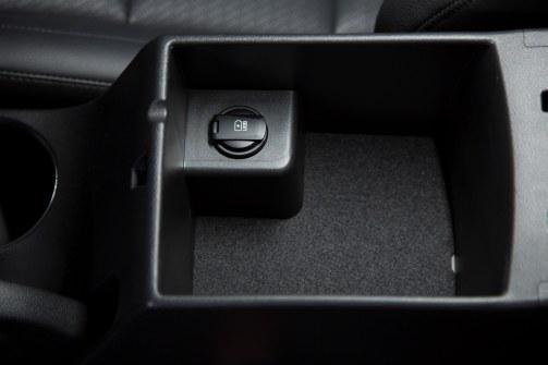 2017 Hyundai ELANTRA Sedan Interior 9