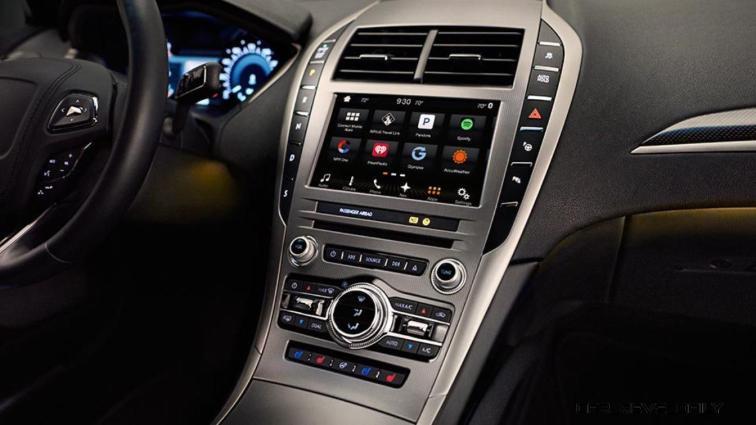 2017 Lincoln MKZ 19