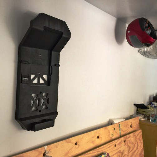 Emerson WORKSHOP 5HP Portable Wall Mount WetDry Vac 9