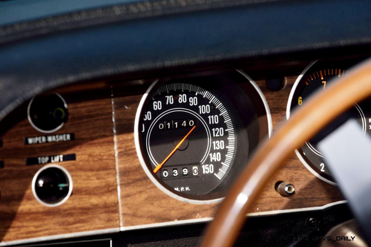 1970 Dodge Hemi Challenger RT Convertible 10