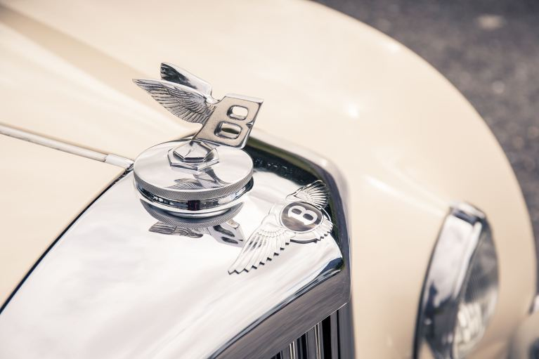 Bentley Continental_ Evolution of an Icon(7)