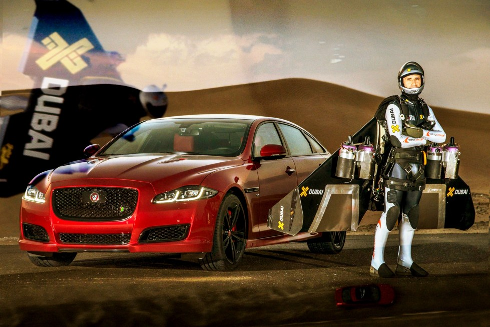 Picture_Credit__Anthony_Cullen_AJC3787-Yves_Rossy_Jet_Man_and_XJR434_
