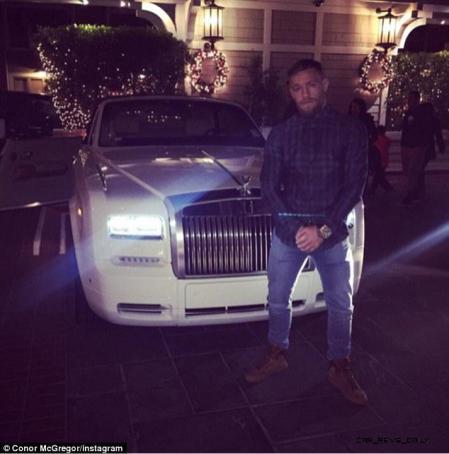 UFC Champ Conor McGregor Gets A 2015 Rolls-Royce Phantom Drophead 10