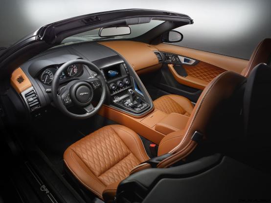 2017 Jaguar F-TYPE SVR 53