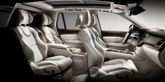 161229_Volvo_XC90_Excellence_interior