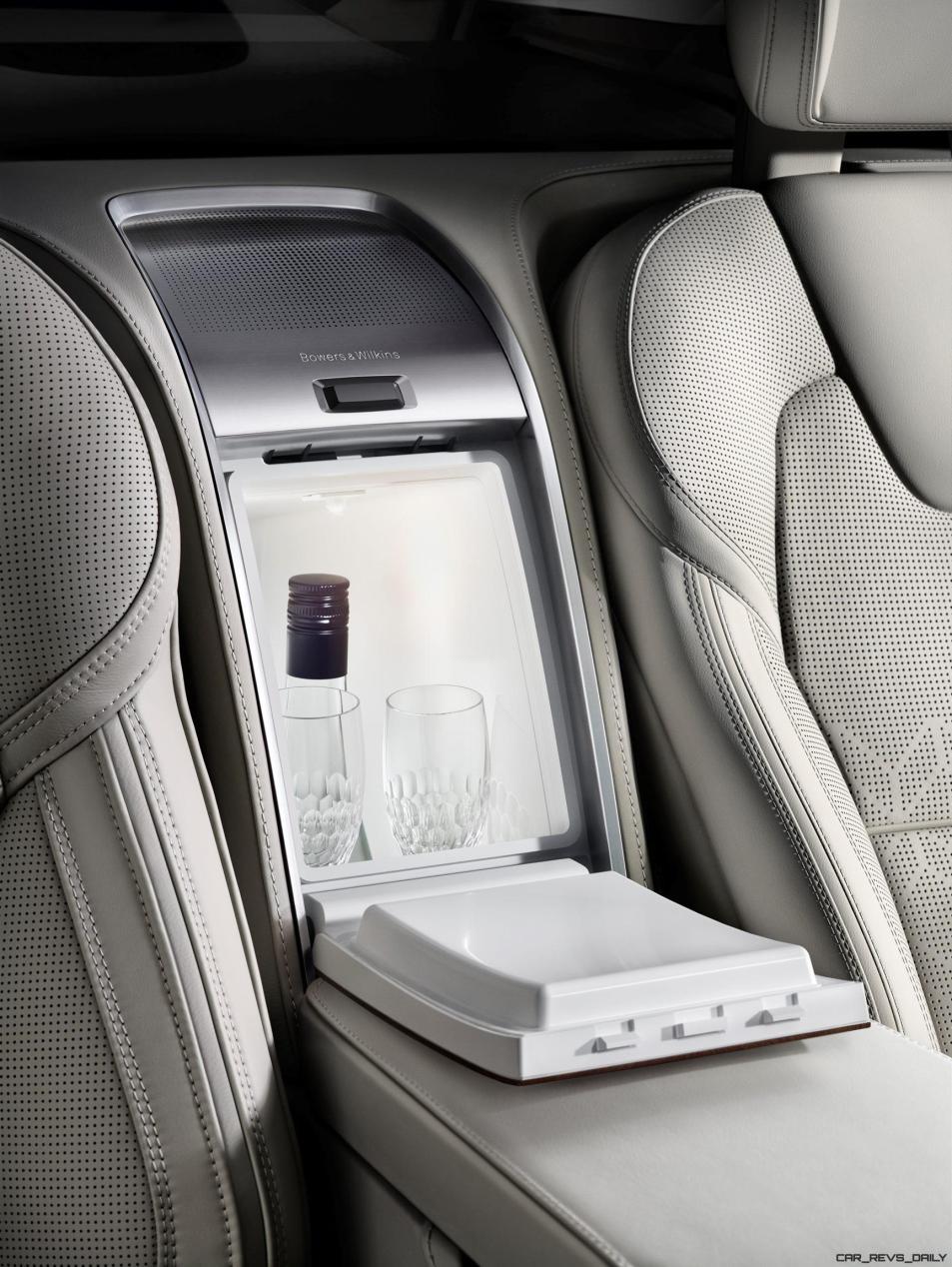 180554_Volvo_XC90_Excellence_interior