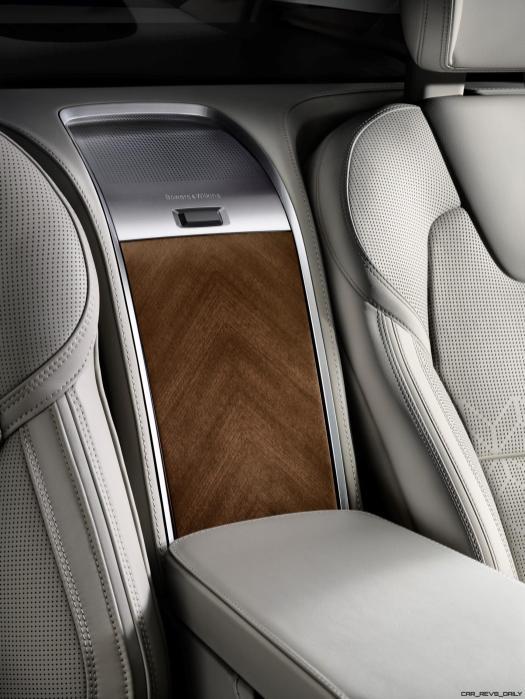 180555_Volvo_XC90_Excellence_interior