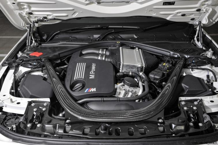 2017 BMW M4 Competition Pack 3