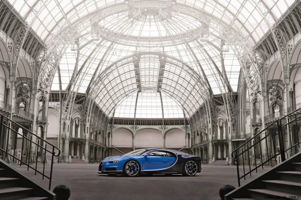 2017 Bugatti CHIRON Grand Palais 1