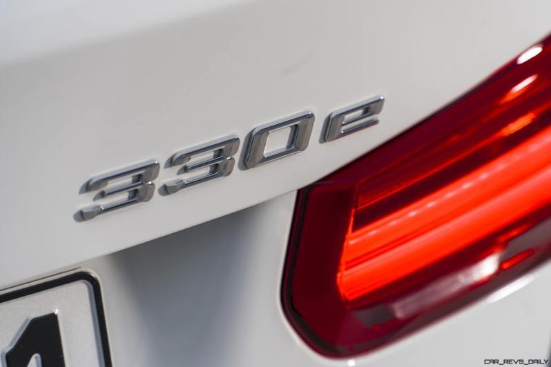 2017 BMW 330e iPerformance 22