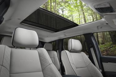 2017 Jeep Grand Cherokee SUMMIT 11