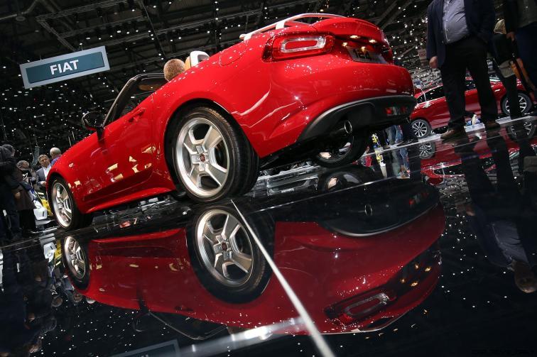 Fiat 124 Spider 10