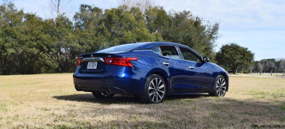 HD Road Test Review - 2016 Nissan Maxima SR 18