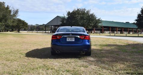 HD Road Test Review - 2016 Nissan Maxima SR 20