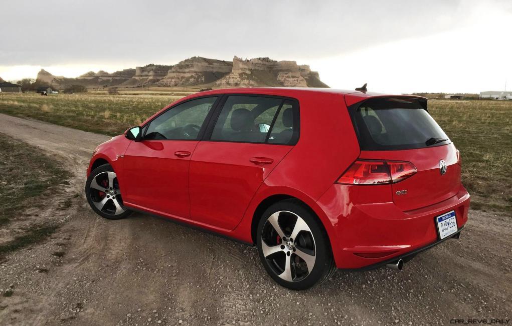 2016 Volkswagen Golf GTI Autobahn 6-Speed 1