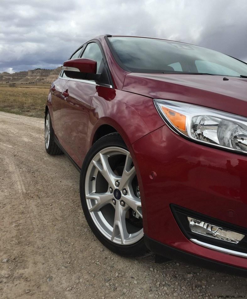 Road Test Review - 2016 Ford Focus Titanium - By Tim Esterdahl 5