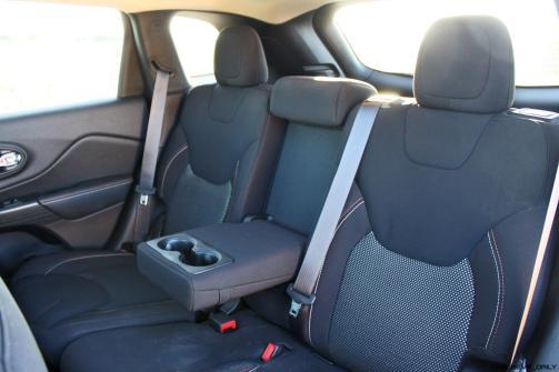 2016 Jeep Cherokee Interior 1
