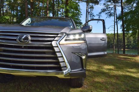 2016 Lexus LX570 - Exterior Photos 64