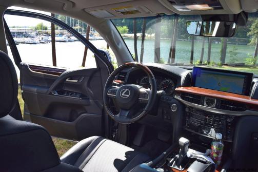 2016 Lexus LX570 Interior Photos 19
