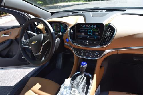 2017 Chevrolet VOLT Premier 56