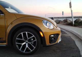 2016 VW Beetle DUNE 3