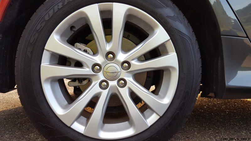 Chrysler 200 wheel shot