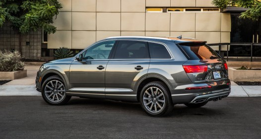 2017 Audi Q7 USA 12