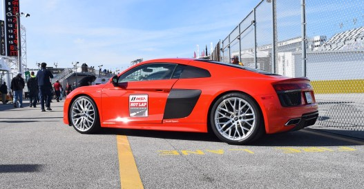 2017 Audi R8 V10 Dynamite Red 3