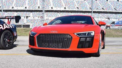 2017 Audi R8 V10 Dynamite Red 32