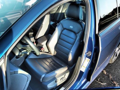 2016 VW Golf R Lapiz Blue by Lyndon Johnson 21