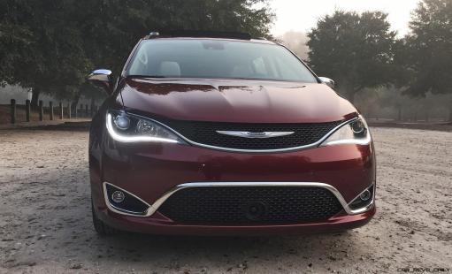 2017 Chrysler Pacifica 29