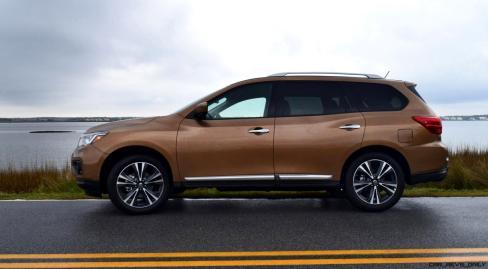 2017 Nissan Pathfinder Platinum 4WD 4