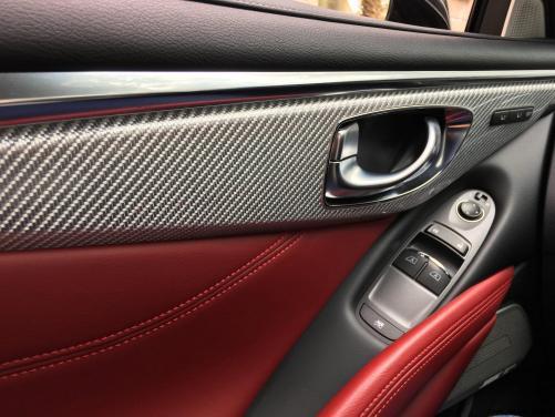 2017 INFINITI Q60 Red Sport 400 - Interior Photos 8