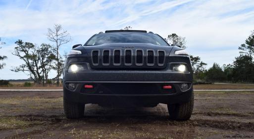 2017 Jeep Cherokee TRAILHAWK 11
