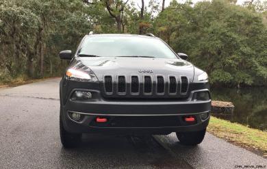 2017 Jeep Cherokee TRAILHAWK 33