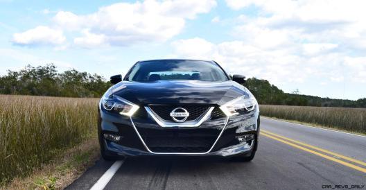 2017 Nissan Maxima SR Midnight Edition 32