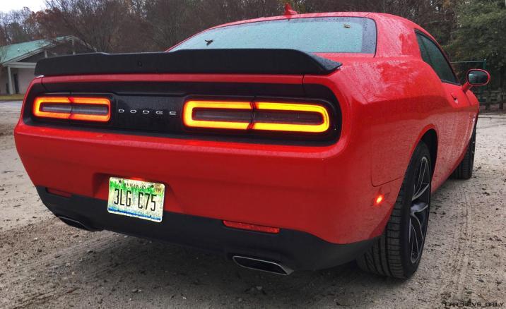 Widescreen Gallery - 2016 Dodge Challenger 29