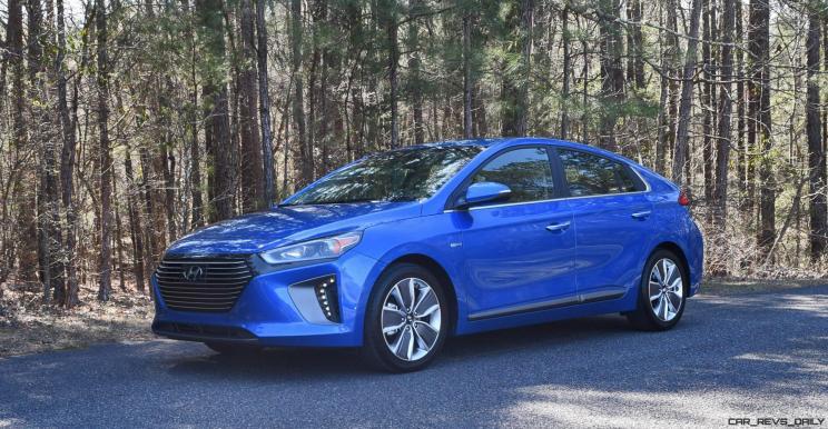 2017 Hyundai Ioniq Hybrid 18