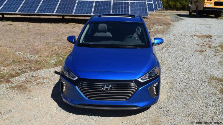 2017 Hyundai Ioniq Hybrid 43