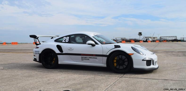 2017 Porsche 911 GT3RS 7